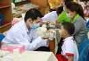 ตรวจสุขภาพฟันและเคลือบฟลูออไรด์นักเรียน